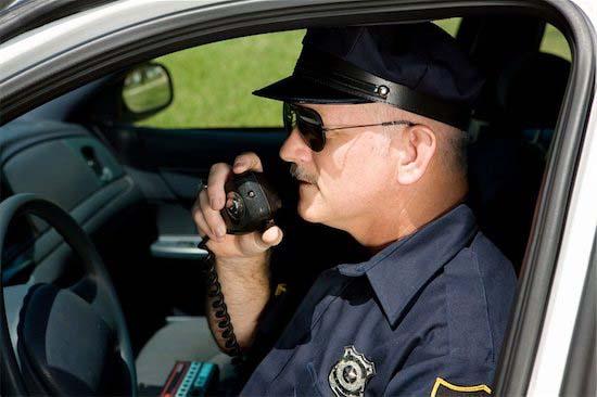 police%20in%20car.jpg