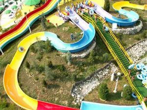 water-parks-400-05067547d